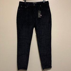PrettyLittleThing black jumbo cord mom jeans pants